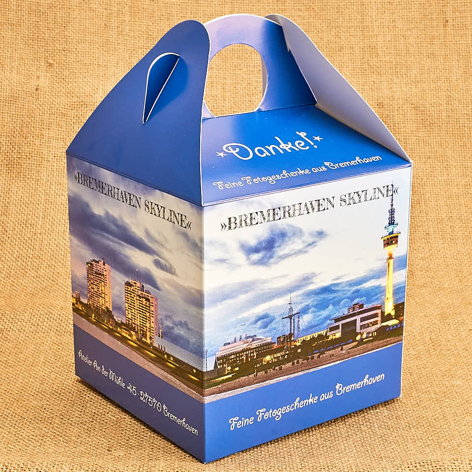 Produktbild Geschenkbox »Bremerhaven Skyline« © 2020 Adrian Wackernah